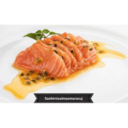Sashimi de Salmão com molho de  maracujá