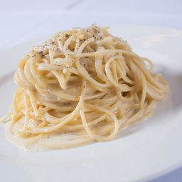 Spaghetti Al Cacio & Pepe