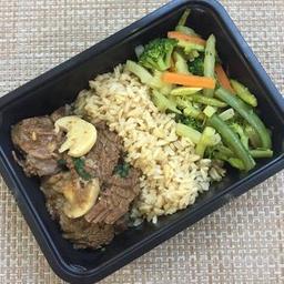 Fraldinha com champignon + arroz integral + legumes