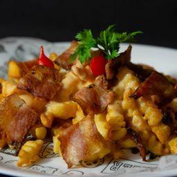 Batata Frita (com Bacon e Queijo)