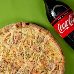 Pizza Gigante + Refrigerante 2L ou Del Valle 1L
