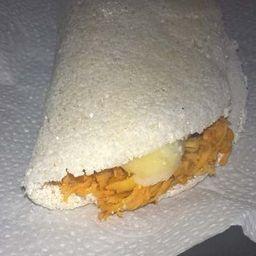 Tapioca frango com mussarela