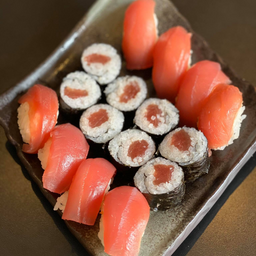 Sushi Atum - 16 unidades