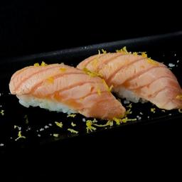 Sushi salmão trufado - 2 unds.