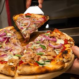 Pizza de Atum com Gorgonzola - Média
