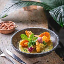 Camarão ao curry