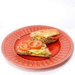 Pastinha de atum no pão miga integral