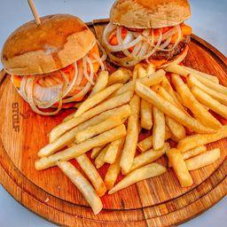 Combo: 2 burger cheddar + fritas + refri