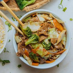 Carne com Legumes (chop Suey) - Familia