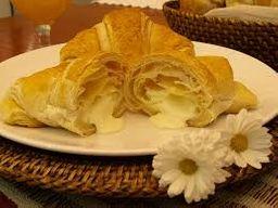 Croissant com Requeijão - Unidade