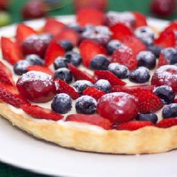 Torta Frutas Vermelhas Médio