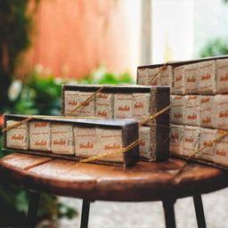 Caixa de Pão de Mel ao Leite