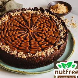 Torta Vegana de Caramelo e Amendoim - 16 Pedaços