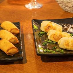Harumaki de queijo + guioza