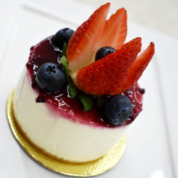 Cheesecake francesa com morango