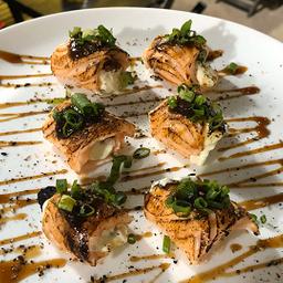 Sushi Especiais de Dragon - 6 Peças