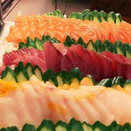 Combo sashimi e sushi 18 peças