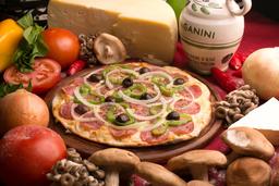 Pizza GG Tradicional + Refri 1,5l