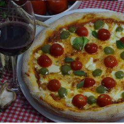 Pizza Caprese Gourmet