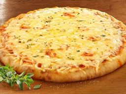 Pizza 4 Queijos Grande 6 Fatias Borda de Catupiry
