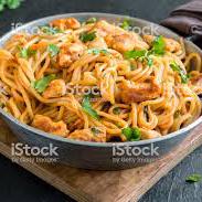 Espaguete na Chapa de Frango