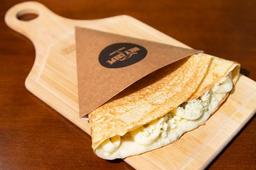 Crepe de quatro queijos