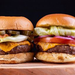 2 Hambúrguers + 2 Batata Canoa + 1 Refri