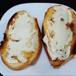 Pão com Manteiga na Chapa Saída Requeijão