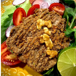 Kibe de Carne e Nozes & Salada