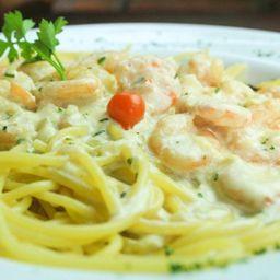 Espaguete Camarão Molho Branco