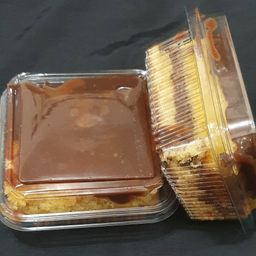 Bolo de baba de moça e chocolate