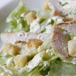 Caesar Salad Au Poulet à Miguel Falabella