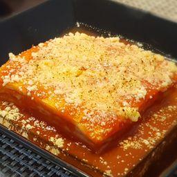 Lasanha de presunto e queijo - quente