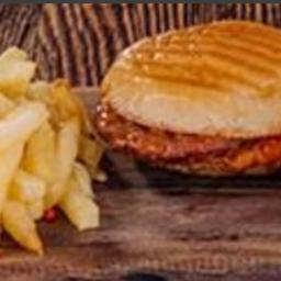 Islak Hambúrguer e Batata Frita