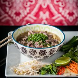 Pho (sopa / caldo vietnamita)