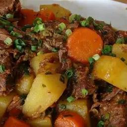 Carne De Panela Com Cenoura E Batata Doce