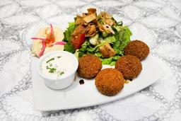 Prato de falafel (vegetariano e vegano)