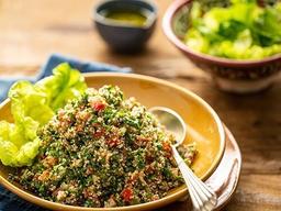 Salada de Tabule com Grelhado