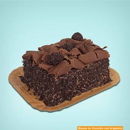 Bolo Brigadeiro com Mousse de Chocolate - 1 kg
