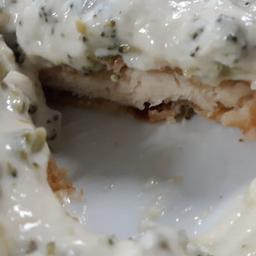 Filé Mignon Empanado ao Molho de Brócolis