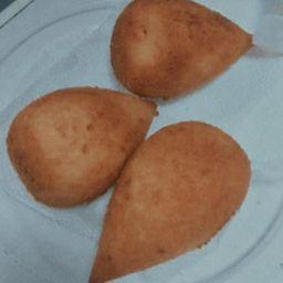 Salgado Frito - Coxinha