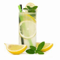 Suco de Limão com Hortelã