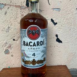 Garrafa de Rum 4 anos