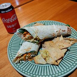 Wrap Frango Korin e Coca-Cola sem Açúcar