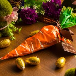 Saquinho Cenoura com Ovinhos de Chocolate