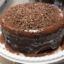 2x1 Bolo de Chocolate com cobertura - 400g