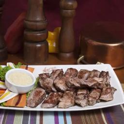 Beef de Chorizo Angus em Iscas