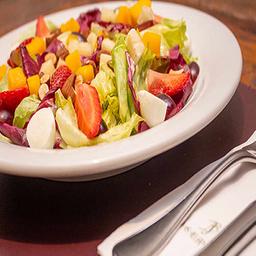 Salada Madeleine