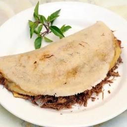 Tapioca de Carne com Queijo