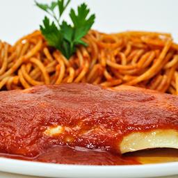 Espaguete de Frango à Parmegiana